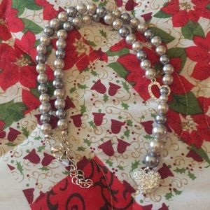 Avon 2011 Sweet Pearlesque Lariat Necklace